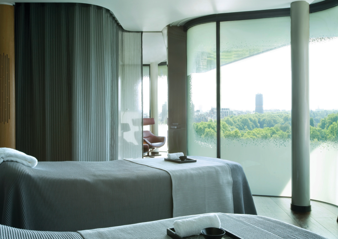 Revive your mind body soul at the four seasons park for 4 seasons beauty salon