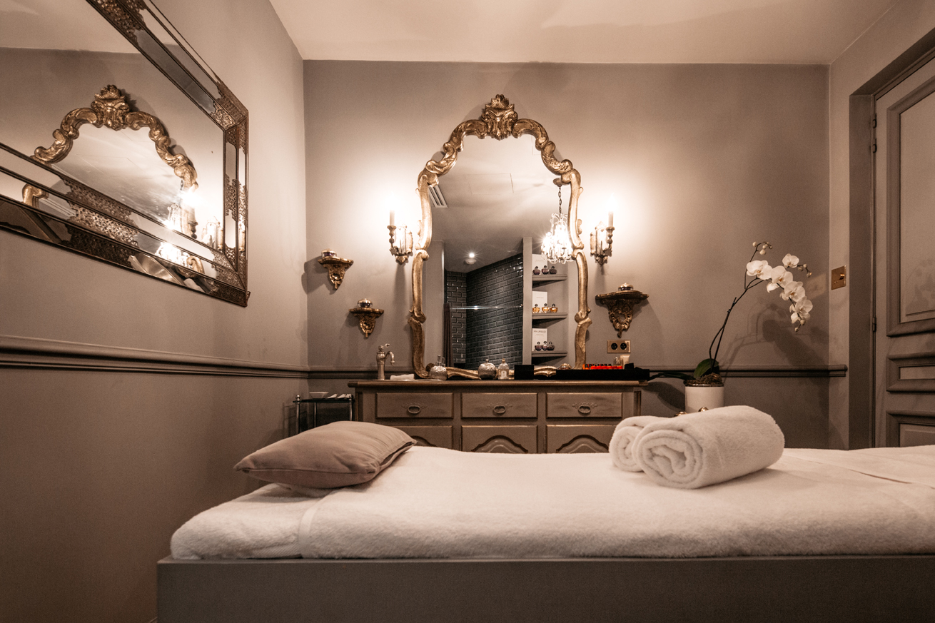 summer rendezvous 48 hours in paris hip healthy. Black Bedroom Furniture Sets. Home Design Ideas