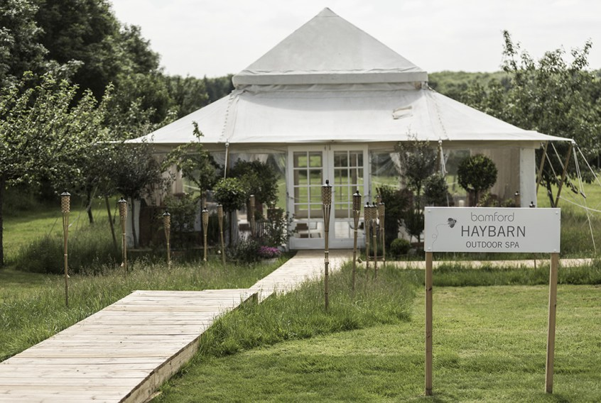 Bamford Haybarn Outdoor Spa