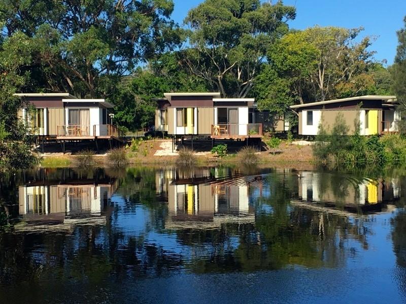 lagoon-edge-villa