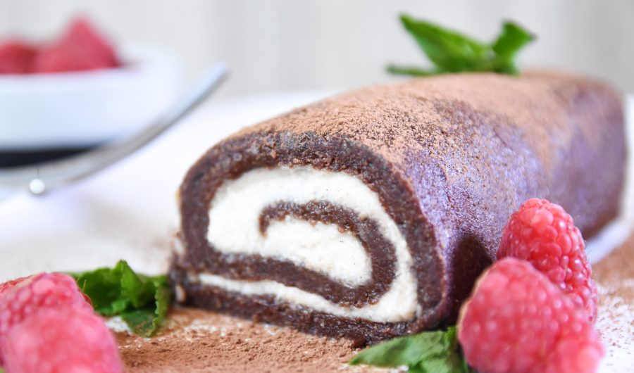 Raw Vegan Chocolate Swiss Roll