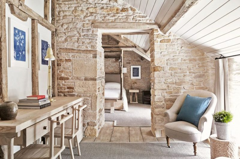 UK's Best Cosy Country Pubs With Rooms